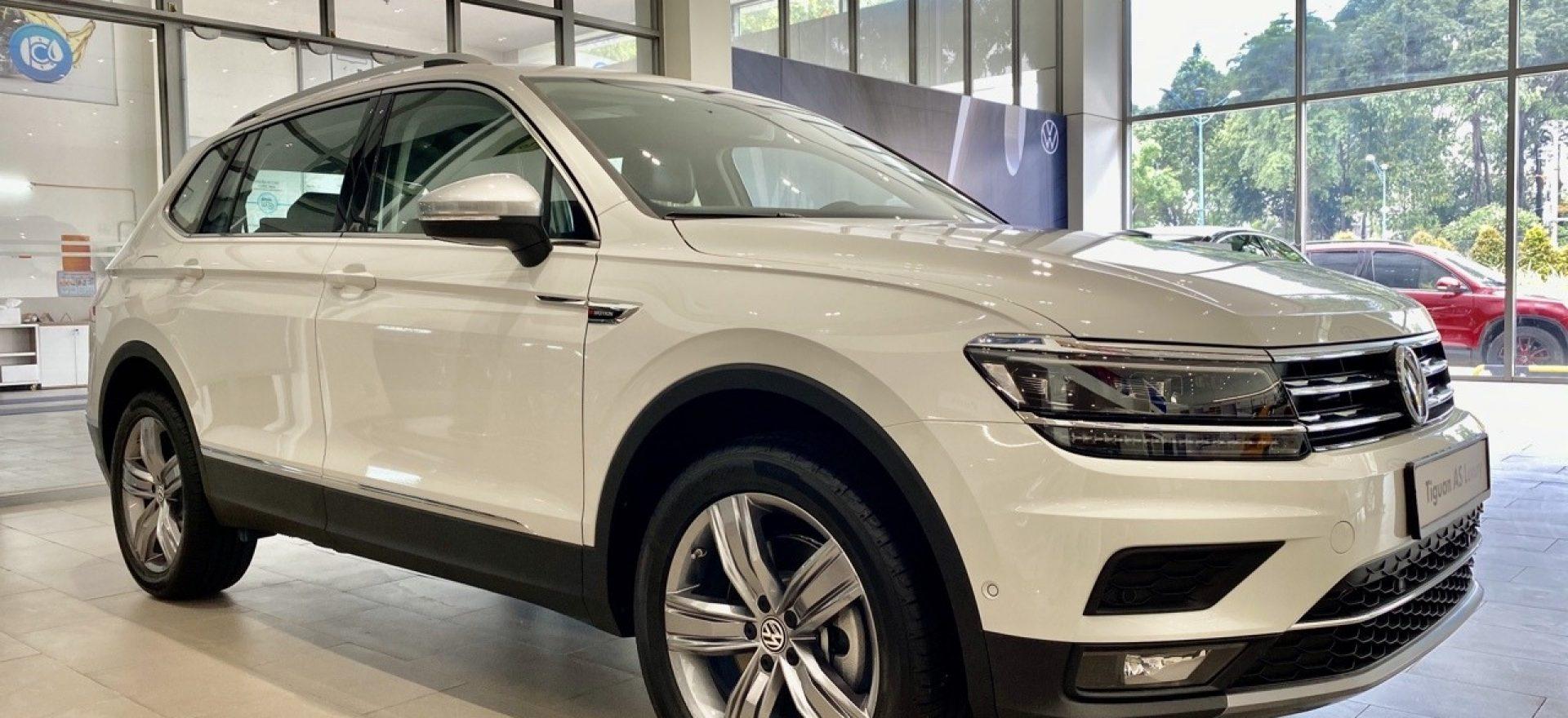 volkswagen-tiguan-luxury-white-pure-0q0q